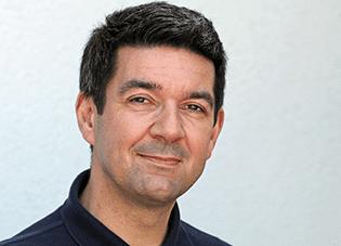 Dr. Marc Lamek
